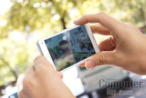 Sony Xperia Z3 Compact selfie