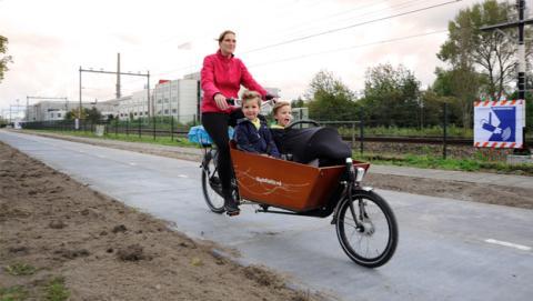 El primer carril bici solar del mundo, ya en construcción
