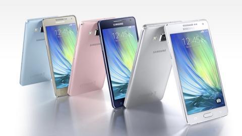 Samsung presenta su nueva gama media Samsung Galaxy A3 y A5 pensada para los jóvenes.