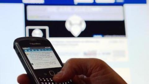 Arrestos por mensajes pro-terrorismo en las redes