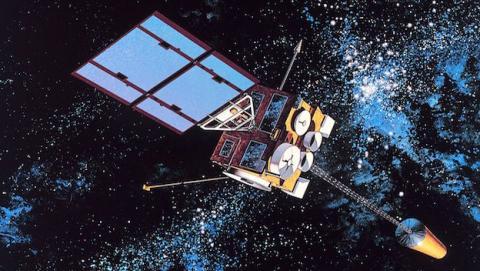 Elon Musk podría incursionar en negocio de satélites
