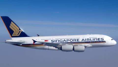 Le cobran 1.200$ por el WiFi en vuelo de Londres a Singapur
