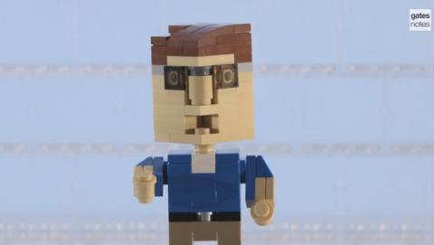 Bill Gates en versión Lego elige sus mejores libros de 2014.