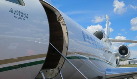 Avión Puerta Chino