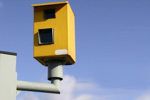 Aumentan las multas de tráfico con radares con cámaras digitales