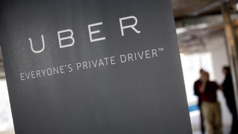 Uber entra en razón y cierra en España... por ahora.