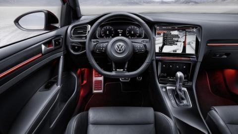 Volkswagen Golf R Touch