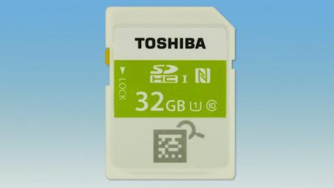 Tarjeta SD con NFC o WiFi