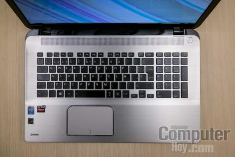 Toshiba Satellite P70-B-104