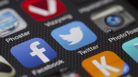 Twitter vídeos mensajes grupo