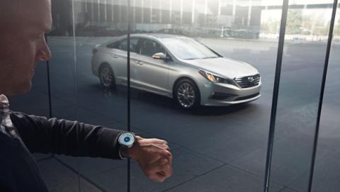 smartwatch controlar coche