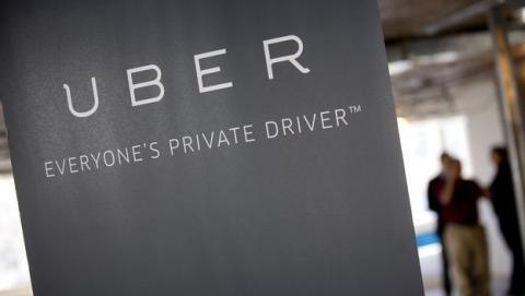 Uber añade botón SOS tras supuesta violación de una mujer