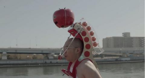 Tomatan, el robot que te alimenta con tomates