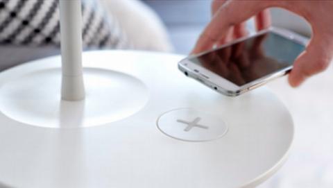 IKEA venderá mesillas y lámparas con carga inalámbrica Qi.