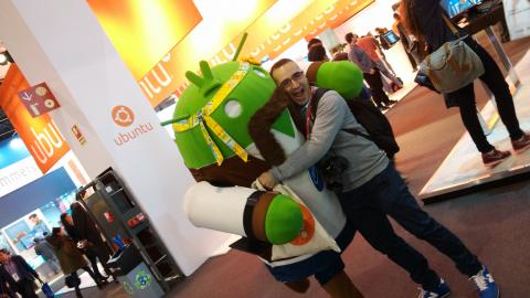 "Lo más ""friki"" del Mobile World Congress 2015"