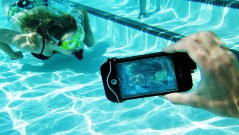 Apple trabaja en iPhone a prueba de agua