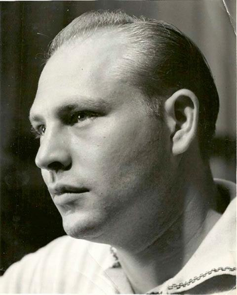 Herbert A. Gilbert patentó el cigarrillo electrónico en 1963