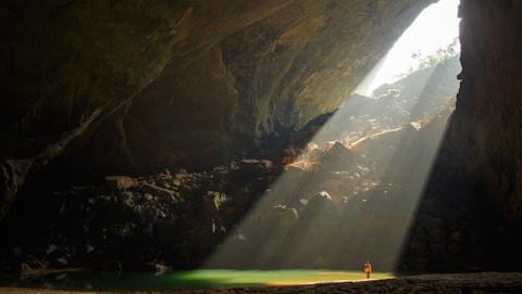 Un dron nos da un viaje por la cueva más grande del mundo