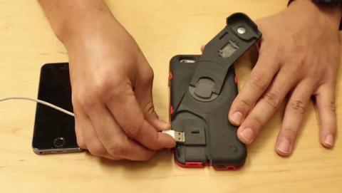 Así es CrankCase, la carcasa que carga el móvil con una manivela