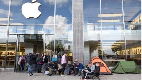 Se acabaron las colas afuera de las tiendas de Apple