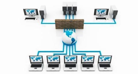 El cortafuegos se sitúa entre el acceso a internet y tu red.