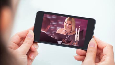 Sharp anuncia los pantallas para móviles con resolución 4K