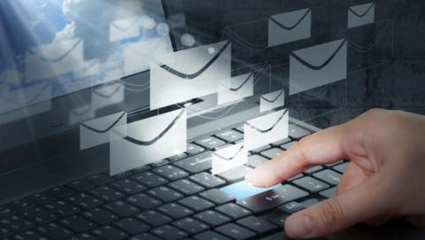 Habitos ilegales empresas e-mail masivo