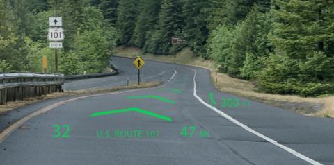 El sistema de navegación holográfica de WayRay proyecta la ruta en el parabrisas