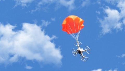 SmartChutes, el paracaidas inteligente para tu drone y quadcopter.