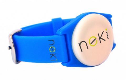 lo mas baratas fotos nuevas famosa marca de diseñador La pulsera Neki evita que los niños se pierdan | Tecnología ...