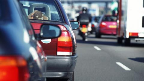 estudio afirma ruido tráfico engorda