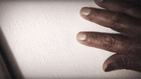 Primer post en braille de Facebook para evitar la exclusión