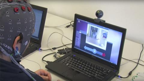 Diseñan un robot que puede ser controlado con la mente