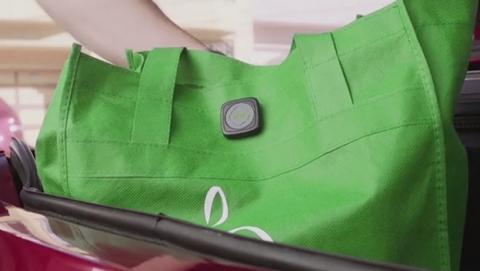 Este botón convierte cualquier objeto en un wearable con sensores