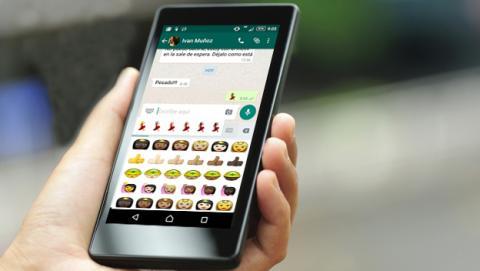Nueva versión de WhatsApp para Android con emojis multiétnicos
