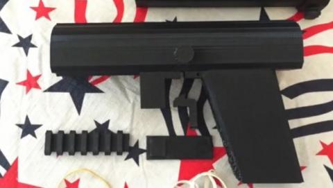 Pistola indetectable impresa en 3D