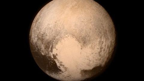 New Horizons y Plutón