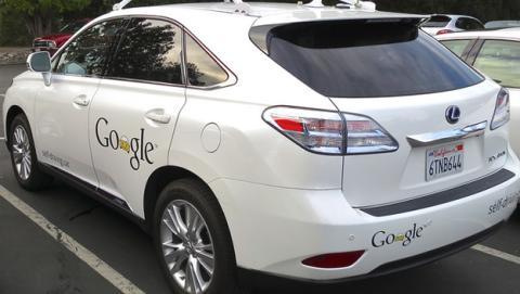 Primer accidente heridos coche autónomo Google