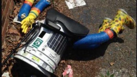 HitchBOT el robot autoestopista cruelmente asesinado en Filadelfia.