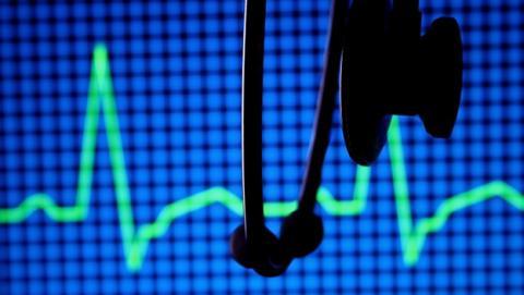 Escuchar música en una cirugía reduce el dolor y la ansiedad