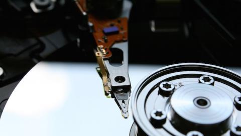 Toshiba promete lanzar discos SSD con capacidad de 128TB