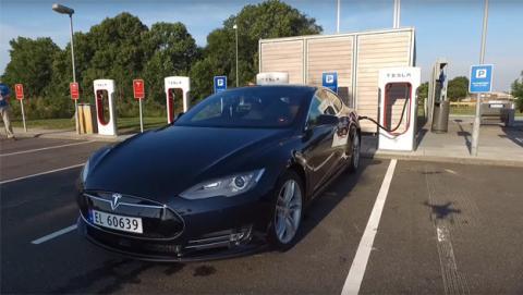 Record Autonomia Coche Electrico Tesla Model S P85D