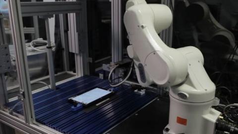 Fábrica china reemplaza al 90% de sus trabajadores por robots