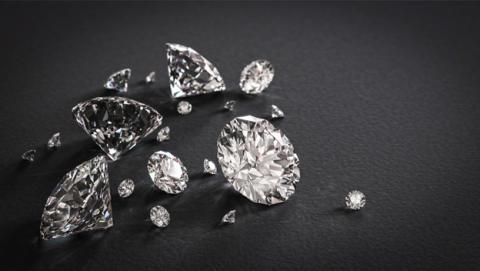 Si quieres un diamante, puedes fabricarlo en el microondas