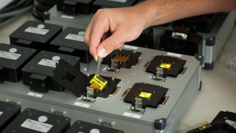 Materiales biodegradables para reducir la basura electrónica