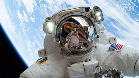 La NASA estudia cómo transformar la caca del espacio en comida