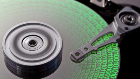 Cómo recuperar espacio en tu disco duro eliminando archivos duplicados y redundantes.