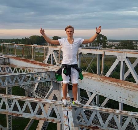Adolescente muerte por selfie extremo