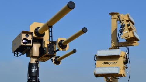 Este cañón lanza un rayo que desactiva un drone en 25 segundos