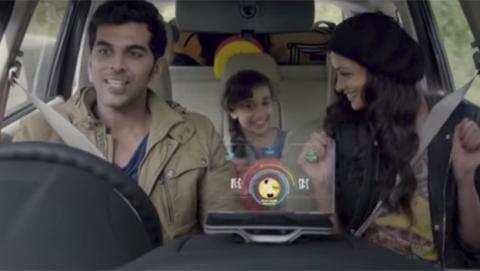 Gadget para que cualquier coche tenga funciones inteligentes